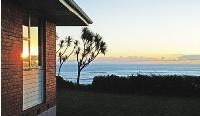 Seaview Lodge & Kotuku Hostel